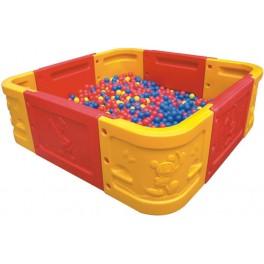 Kwadratowy basen